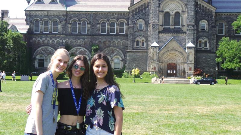 Лагерь Торонто, Trinity Toronto University