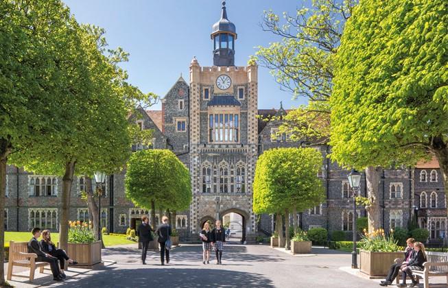 Brighton College. Групповая поездка с проживанием в резиденции