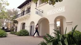 EF Santa Barbara - Фото 4
